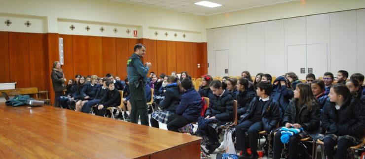 Charla Guardia Civil a Educación Primaria