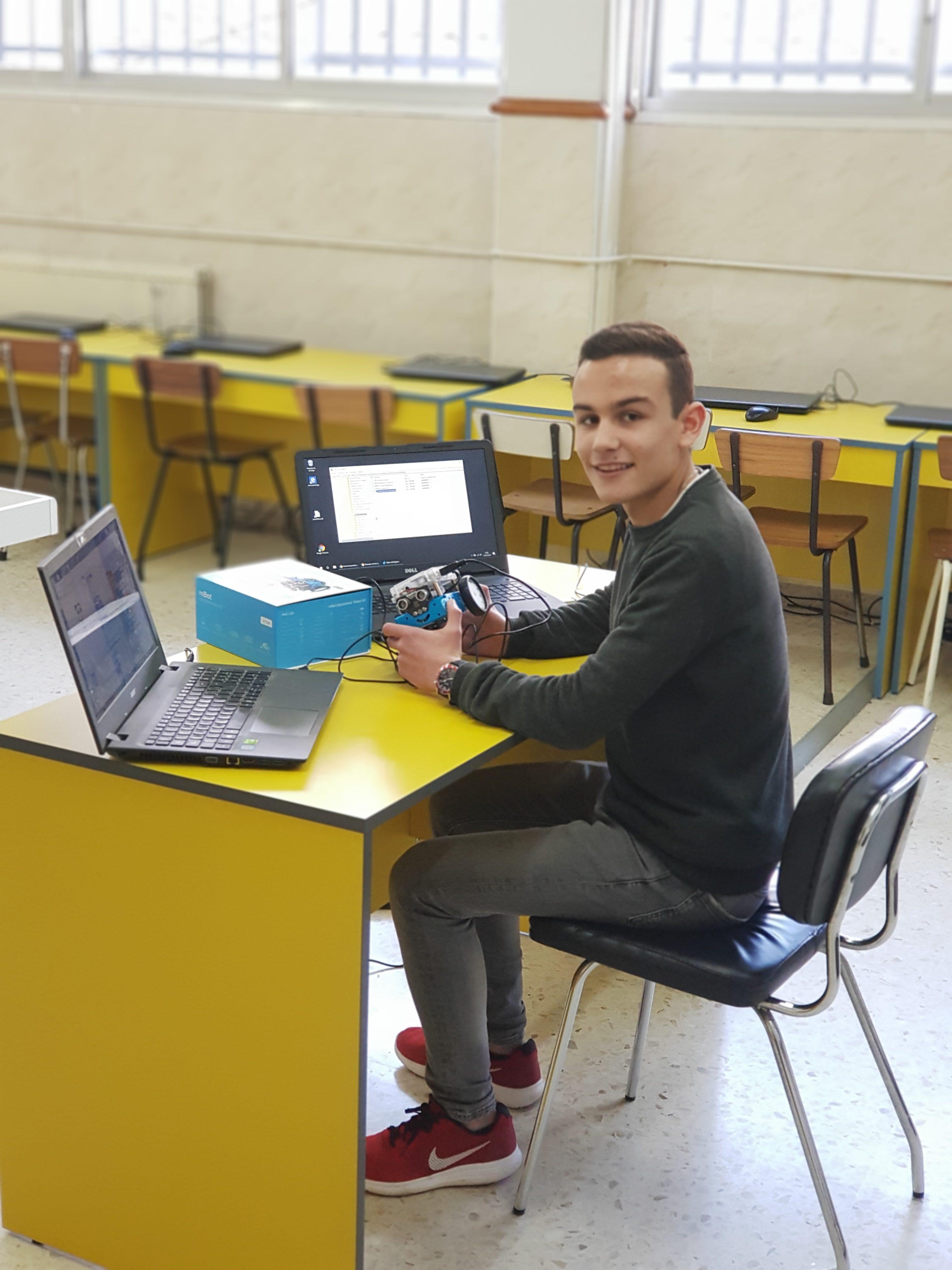 Victor Ocampo 5º en las Olimpiadas de Física