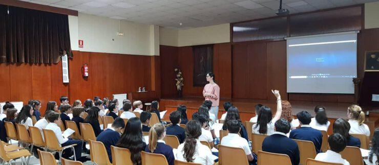 Recital de poesía con Antía Otero